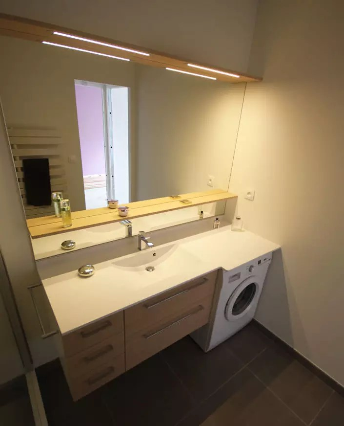 Meuble de salle de bain sur mesure avec machine  laver