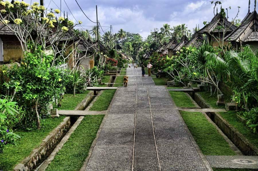 Desa Penglipuran Bali terbersih ketiga di dunia