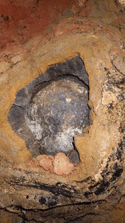 Rahasia batu hitam di situs phyramida gunung …