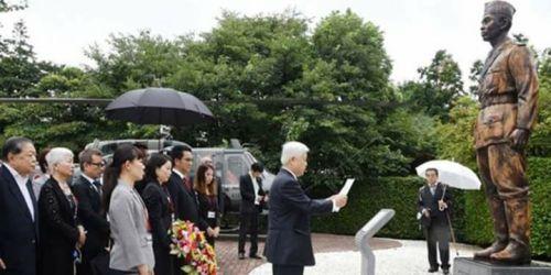 Bangsa Jepang adalah bangsa yg sgt menghormati …