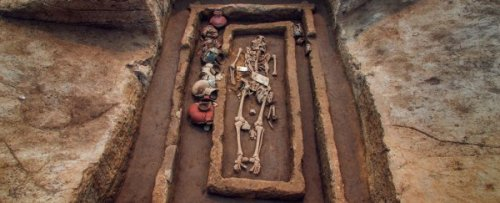 Sisa-sisa Kuno Raksasa Berusia 5.000 Tahun …