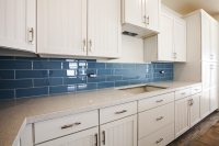 10 Irresistible Kitchen Tile Splashback Ideas To Transform ...