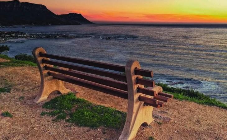 bench-beach