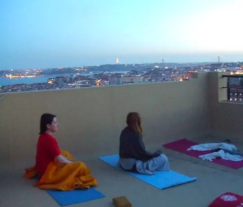 to Oct 21 | MEDITATION | Sunset Rooftop Donation Yoga | Graça | 5€-TBD @ Rua Damasceno Monteiro 21A, 1170-109 Lisboa, Portugal | Lisboa | Lisboa | Portugal