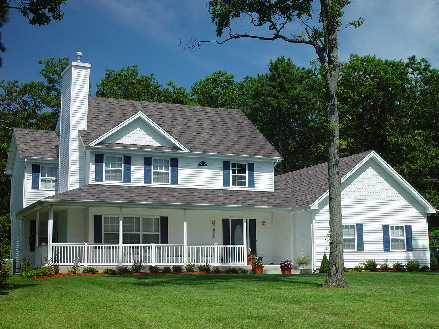 You can also always choose to go with clay, slate, or wooden shingles to add a unique, differentiated look to your home. Pinnacle Pristine Atlas Roofing