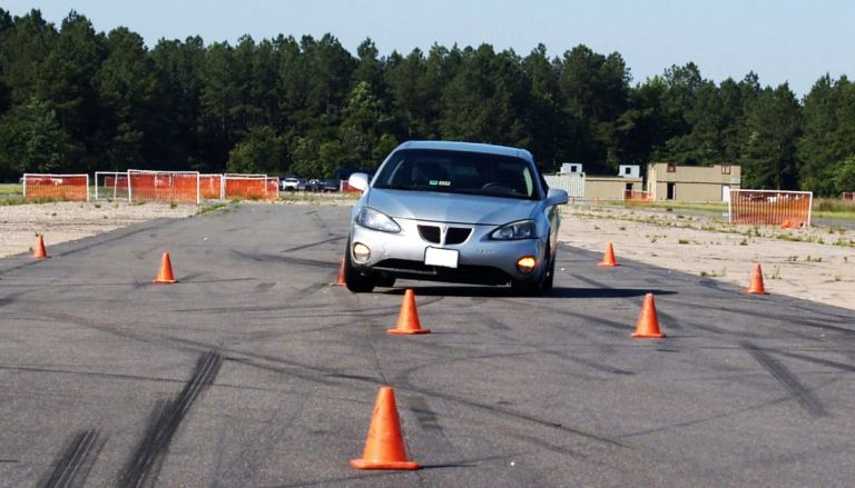 Grand Prix Driving School >> Things To Consider When Enrolling A Defensive Driving School Atlas