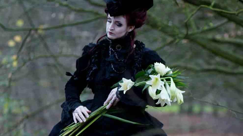 The Modern Age Vampires Adversus To Genuine Medievalism