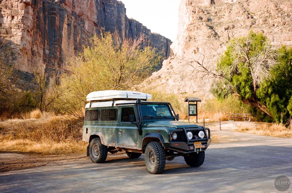 Land Rover, Santa Elena Canyon - Big Bend Nation Park, Texas