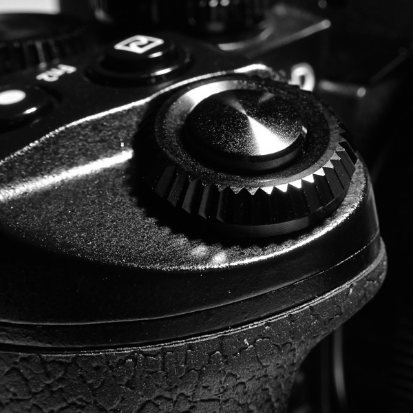 Olympus E-M1 Details