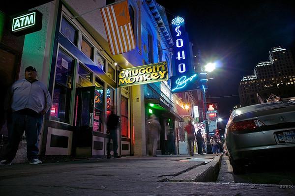 R6th Street Bars