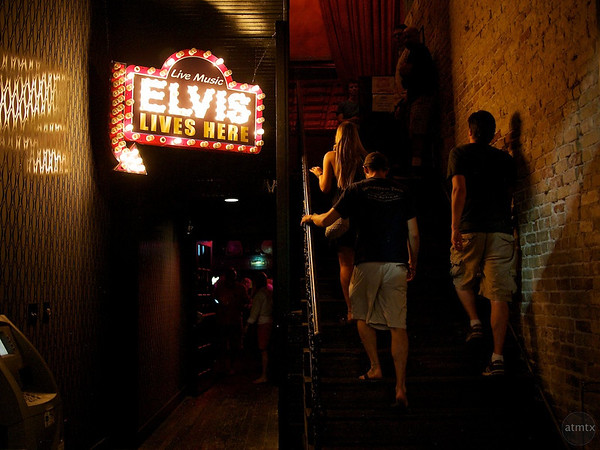 Elvis Lives Here, Beale Street Tavern