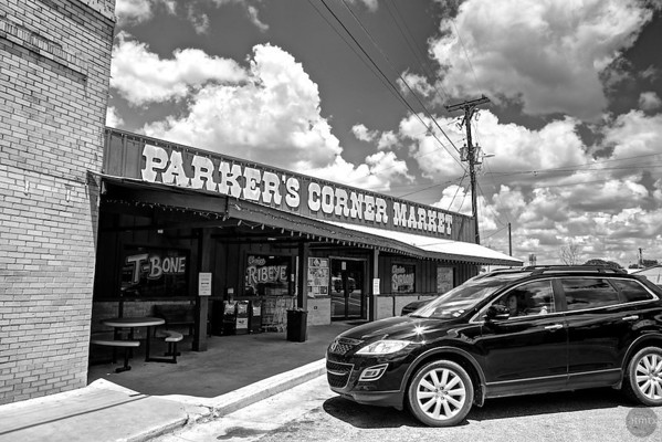 Parker's Corner Market - Liberty Hill, Texas (black and white)
