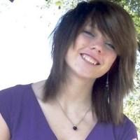 Ela postou no facebook que adora matar e chocou ao degolar uma criança!