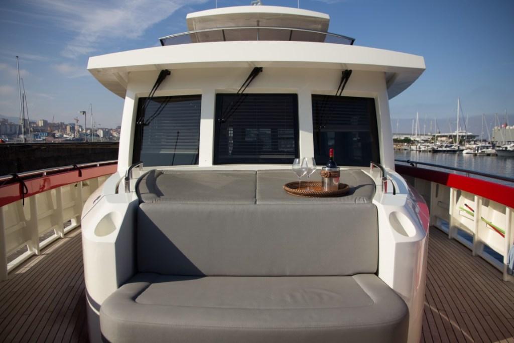 Atlantis-Xcape-Yacht-3