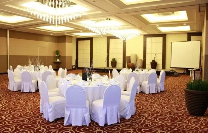 Harolds Hotel Emerald Ballroom