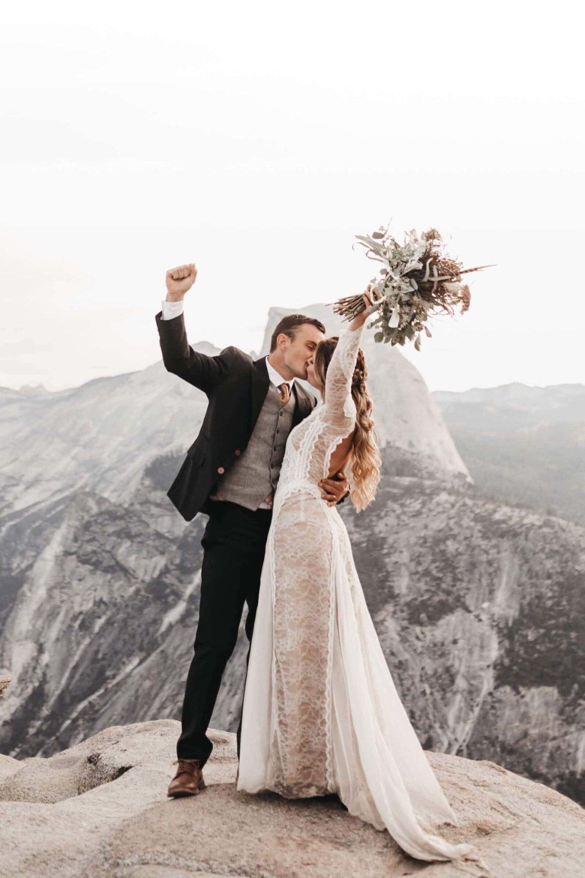 mariage en montagne enneigée