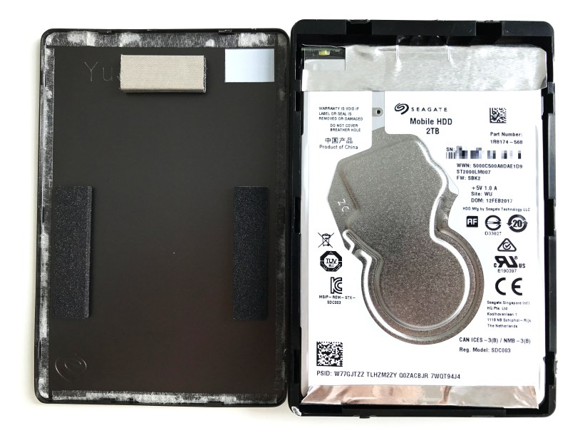 Top case removed from the Seagate Backup Plus Slim