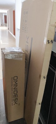 The Omnidesk comes delivered flat packed