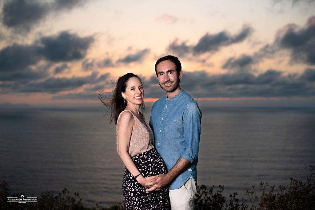 Fotos embarazo pareja playa bilbao