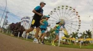 Correndo no Parque com a Roda Gigante ao fundo - Foto: Correio Braziliense