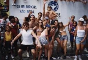 A galera na pipoca do carnaval de Salvador em 1998