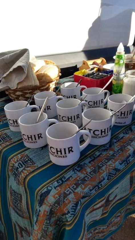 Café da manhã no meio do Deserto do Atacama com a empresa Latchir