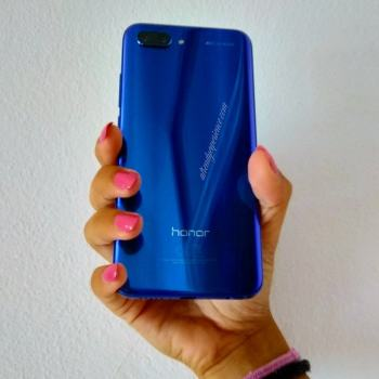 smartphone honor 10 blue
