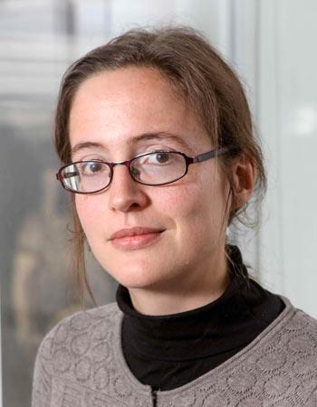 Dr. Lynnette Dray