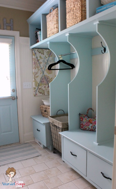 Mudroom paint color ideas