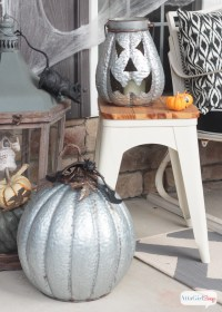 Scary Halloween Decorations for the Front Porch - Atta ...
