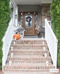 13 Halloween Porch Ideas - Lolly Jane