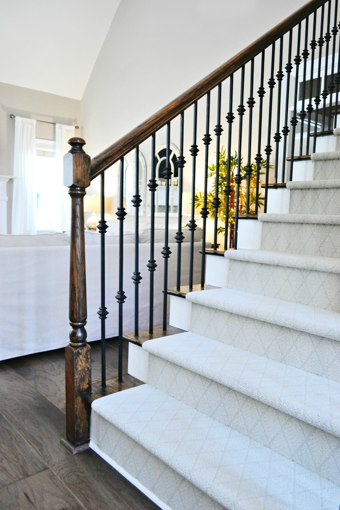 Staircase Makeover With Shaw Floors | Best Patterned Carpet For Stairs | Modern | Foyer | Vintage | Stair Triangular Landing | Well Fitted