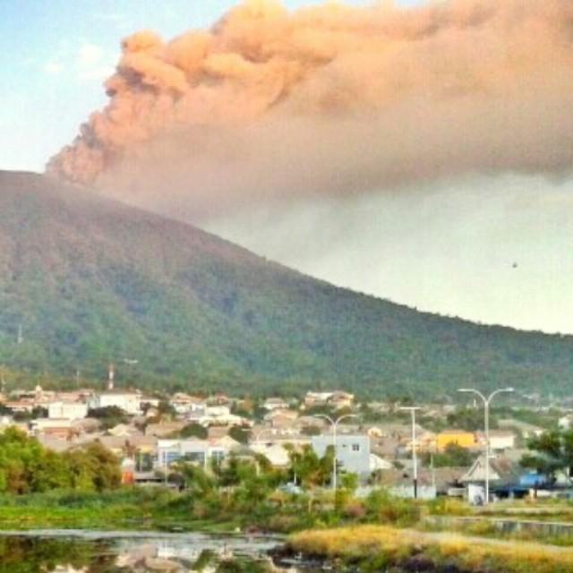 vulcano-Gamalama-indonesia8
