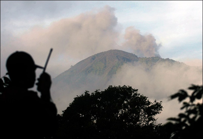 150710_volcano_big
