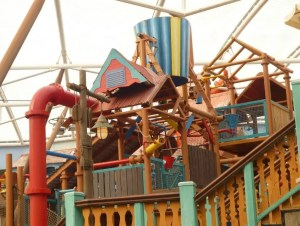 The Tipping Bucket - Alton Towers Waterpark
