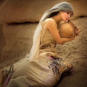 Light Master Mary Magdalene: female power and self consciousness