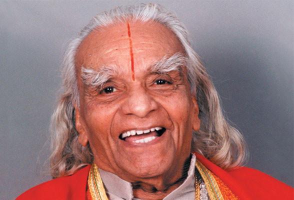 Iyengar maestro di yoga e di vita
