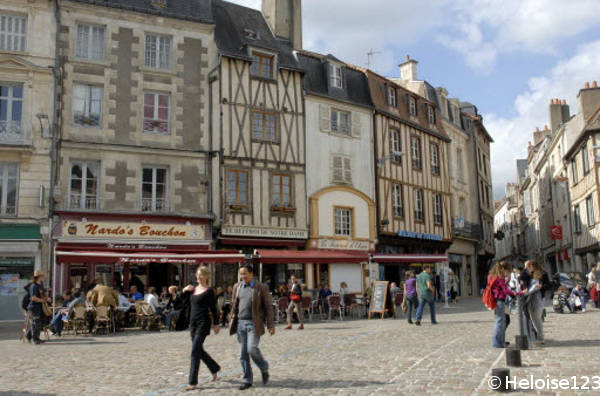 magasins a poitiers 86000 horaires