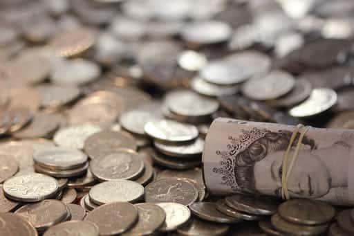 オンラインカジノは安定して稼げる?