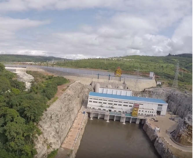 Kaleta Dam located at the mouth of the Konkouré River