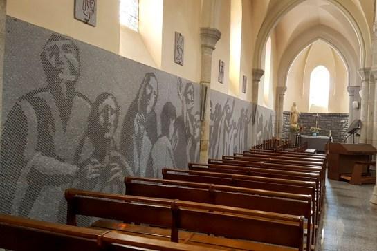 Eglise de Lacrouzette dans le Tarn © Michel Dvorak / www.au-tournant.org
