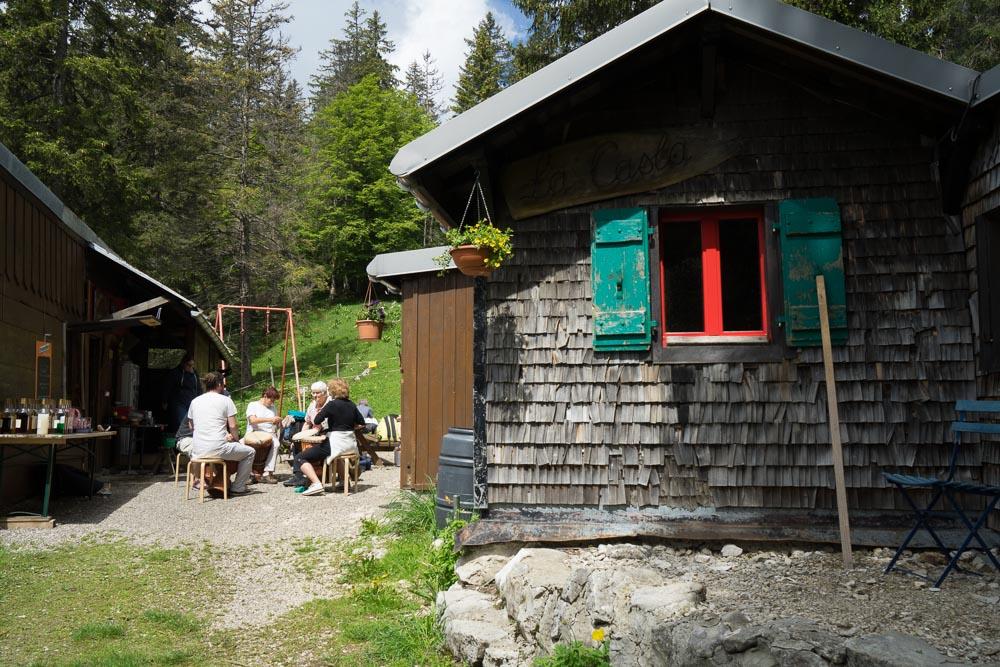 La casba, randonnée du Chasseron, Suisse
