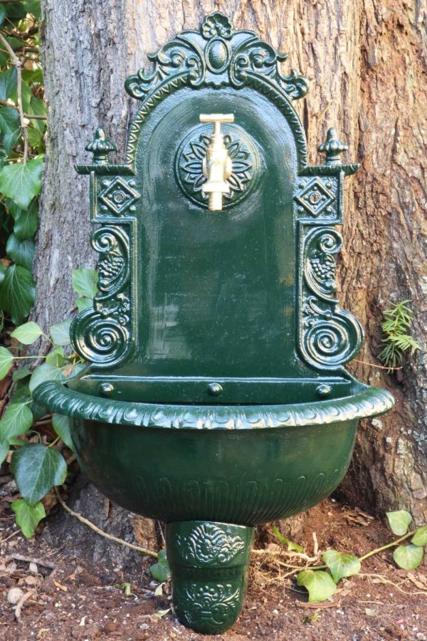 Wall Fountain With Basin Antique Style Design Aluminium