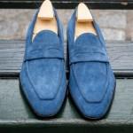 Le mocassin Lupin en daim bleu jeans