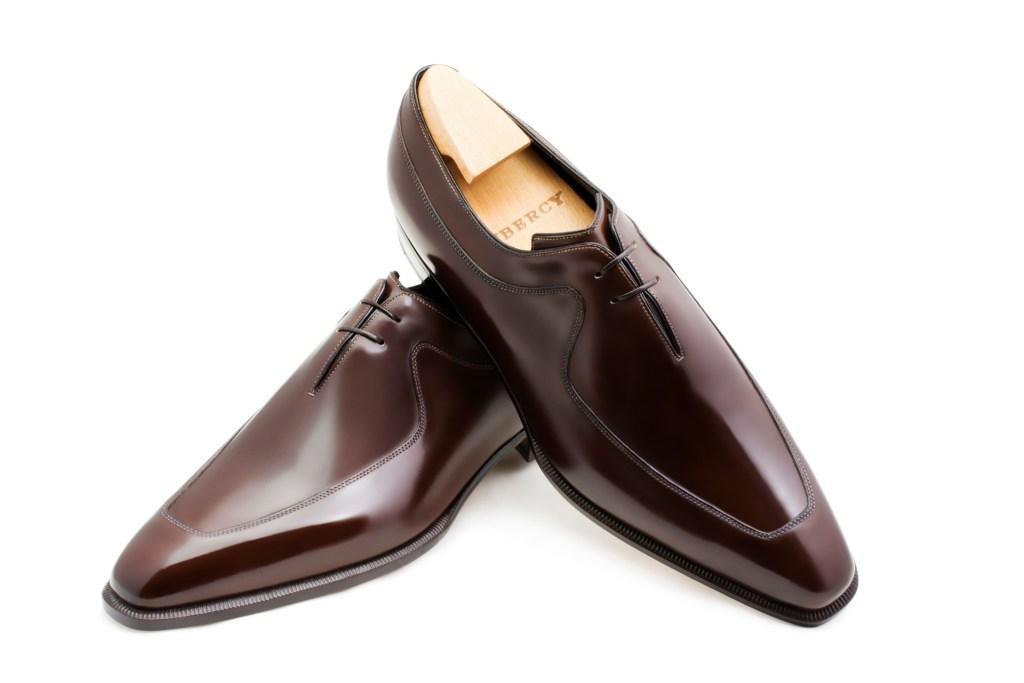 Le richelieu oxford Karl en cuir marron