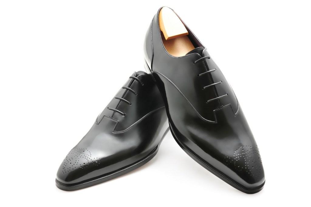 Le richelieu oxford Valentin en cuir noir
