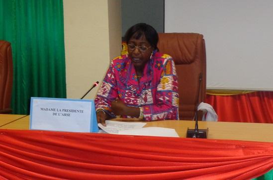 La présidente de l'ARSE, Mariam Gui Nikièma.