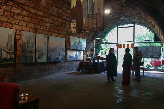 Michelle-Auboiron-Exposition-Brut-de-Shanghai-Paris-Les-Voutes-2005--17