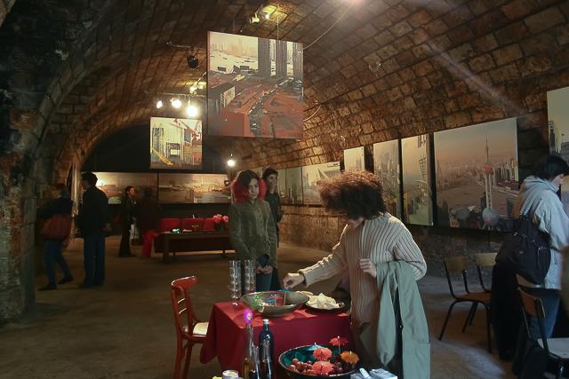 Michelle-Auboiron-Exposition-Brut-de-Shanghai-Paris-Les-Voutes-2005--21