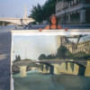 Michelle-Auboiron-peint-in-situ-les-Ponts-de-Paris-Photo-Anne-Sarter-15 thumbnail